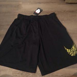NWT men's shorts